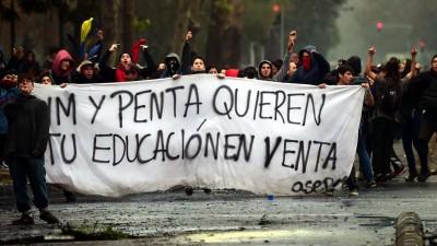 Los estudiantes chilenos vuelven a la calle contra la reforma educativa