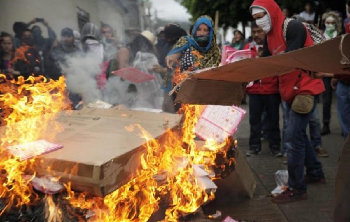 En medio de un boicot y actos de violencia votaron en México