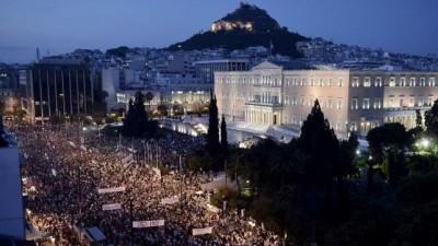 """Advierten a Grecia que debe optar por el """"sí"""" para permanecer en Europa"""