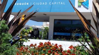 El Municipio de Neuquén se diferencia y dice que no necesitará emitir bonos