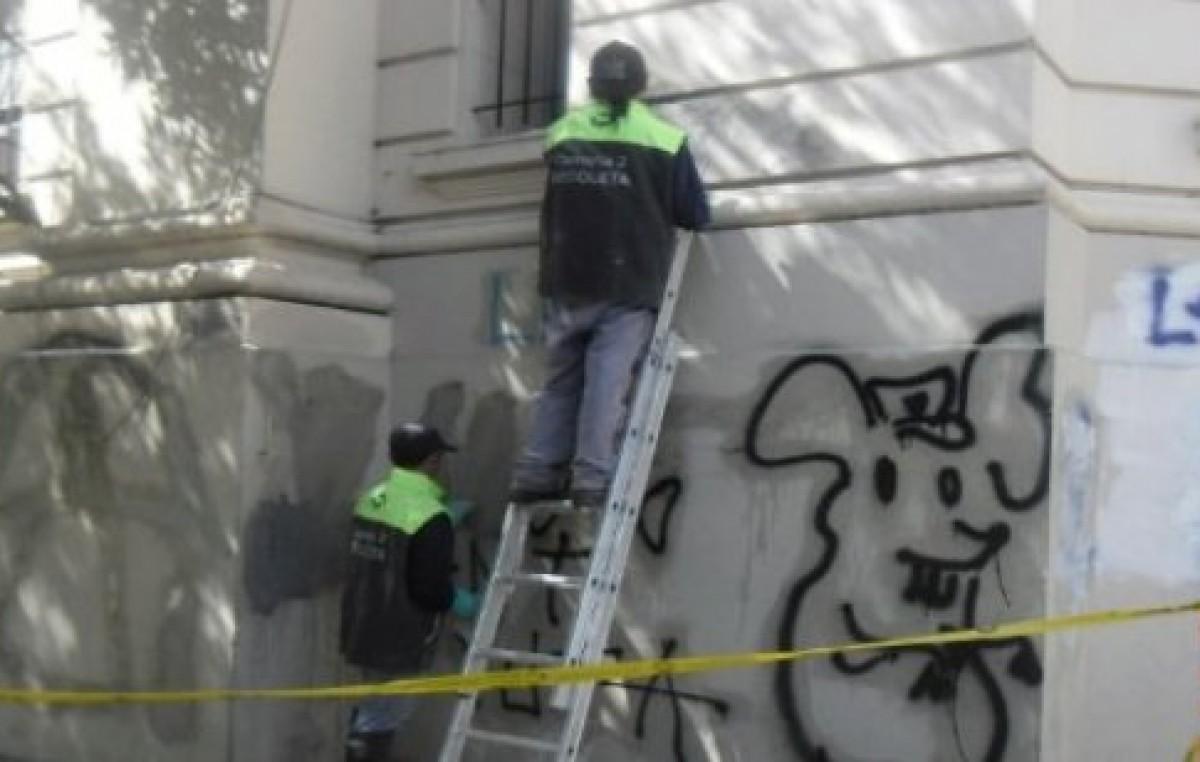 """La Policía Local de La Plata detendrá a quienes """"grafiteen"""" la propiedad privada"""