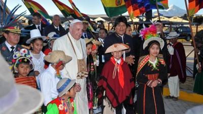 Papa considera que «no es injusto» que Bolivia tenga como anhelo una salida al mar