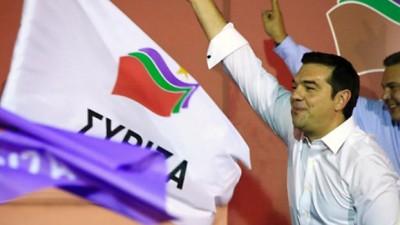 En Grecia, Tsipras se impuso con holgura a la centroderecha