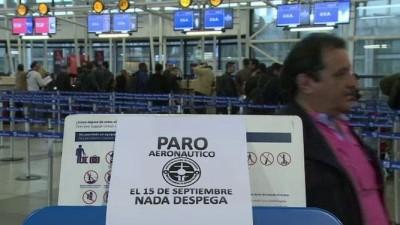 Una huelga paraliza a los aeropuertos de Chile