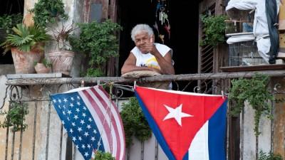 Estados Unidos flexibiliza viajes a Cuba y el comercio con este país