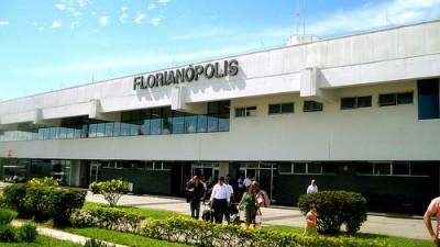 Brasil privatiza aeropuertos como salida de la crisis