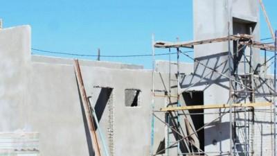 Comienzan la construcción de 490 casas y licitan otras 320 enSantiago