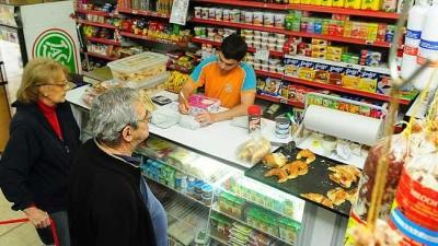 Almaceneros rosarinos renuevan productos de Precios Cuidados