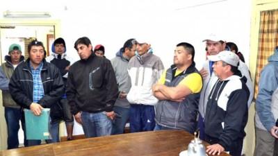 Esquel: Continúa el reclamo de los trabajadores de Bosques Comunales