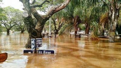 Más de 25 mil evacuados por las crecidas de los ríos Paraná, Uruguay y Paraguay