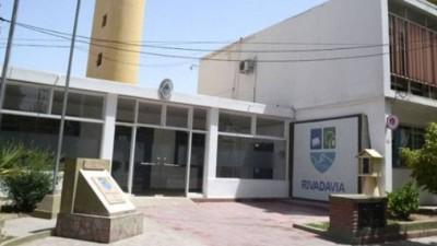 Conflicto en el municipio de Rivadavia: reincorporarán a 40 empleados