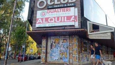 Por las caídas en las ventas y los altos alquileres, cada vez cierran más comercios en Neuquén