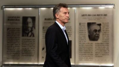 Macri derogó el decreto que dispuso devolver el 15% de la coparticipación