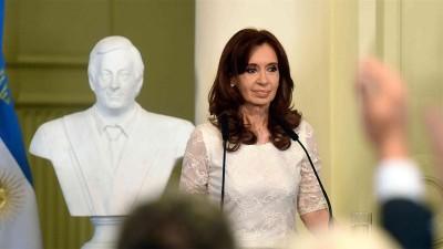 Cristina dijo que Macri pagará a los buitres a costa de baja salarial y endeudamiento