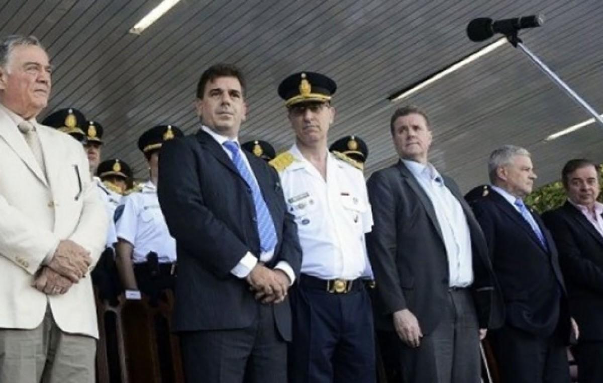 Ritondo quiere profundizar la capacitación y transferir la Policía Local a los municipios