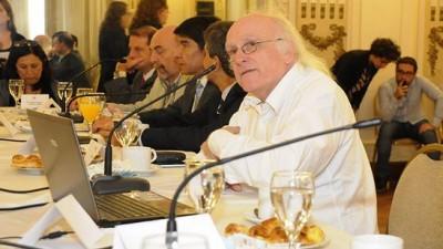Un urbanista inglés dio una charla a intendentes tucumanos