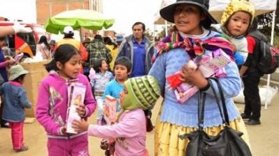 Cerca de 2 millones dejaron de ser pobres la última década en Bolivia