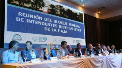 Cónclave de intendentes del PJ en Formosa con dura crítica al macrismo