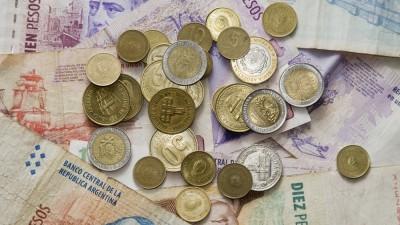 Municipales de General Pico casi no cobran sueldos atrapados por una financiera