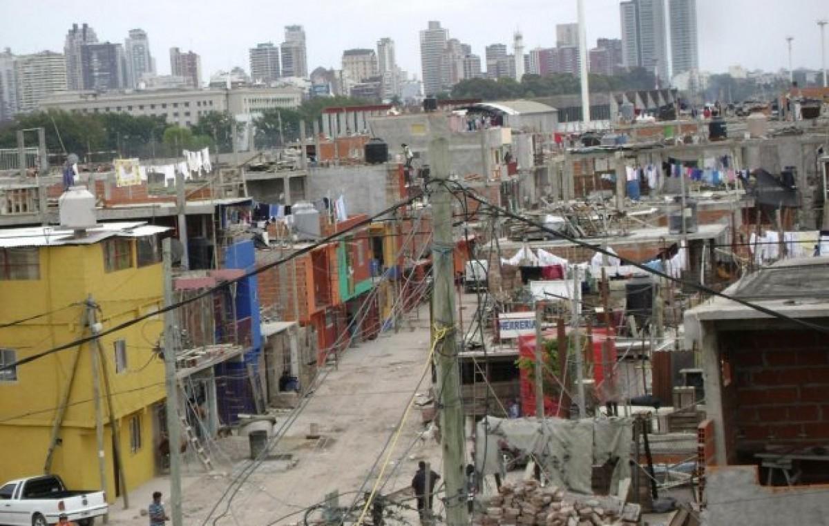 Según la UCA, hay 1,4 millones más de pobres en los primeros tres meses de gobierno