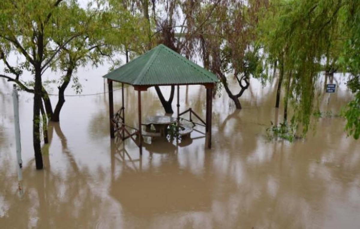 Hay 7.000 evacuados y más de 15.000 damnificados por inundaciones en el Litoral