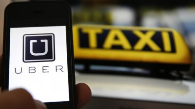 Arrancó Uber y los taxistas enloquecieron en Buenos Aires