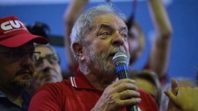 Se recalienta el clima en Brasil: Lula llamó a tomar las calles
