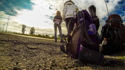 Unos 300 mil mochileros argentinos viajan cada año por el mundo