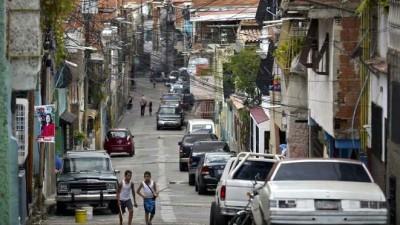 Venezuela: 2 meses de viernes feriados para ahorrar luz