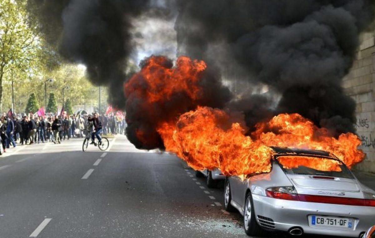 Francia: violenta protesta contra las reformas laborales