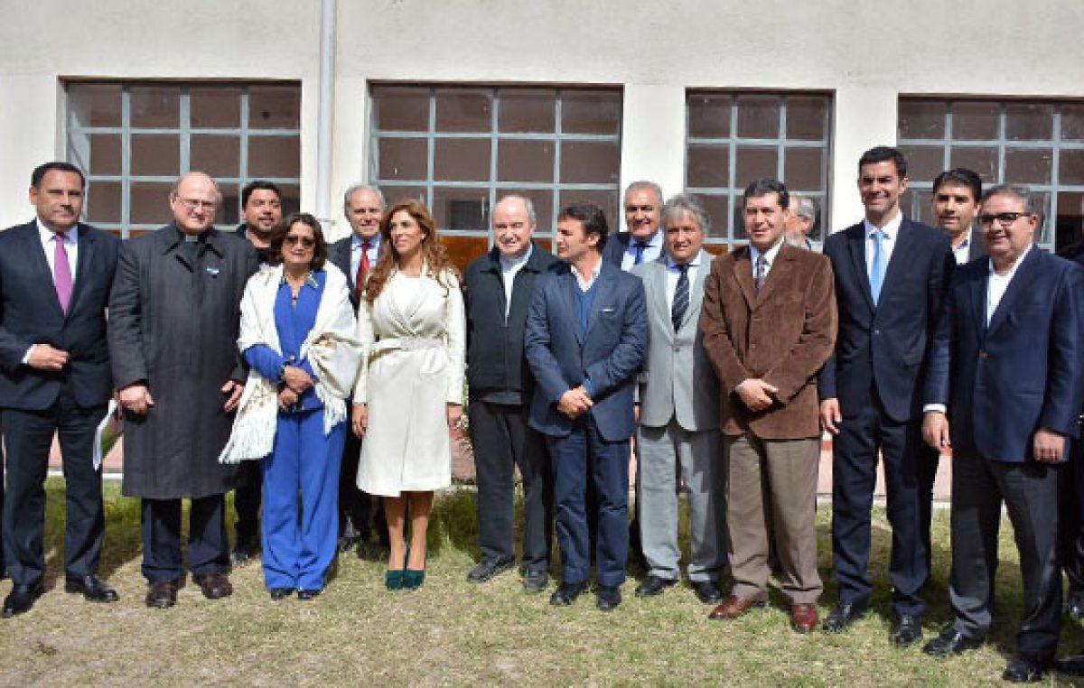 Gobernadores del NOA en debate por el ambiente