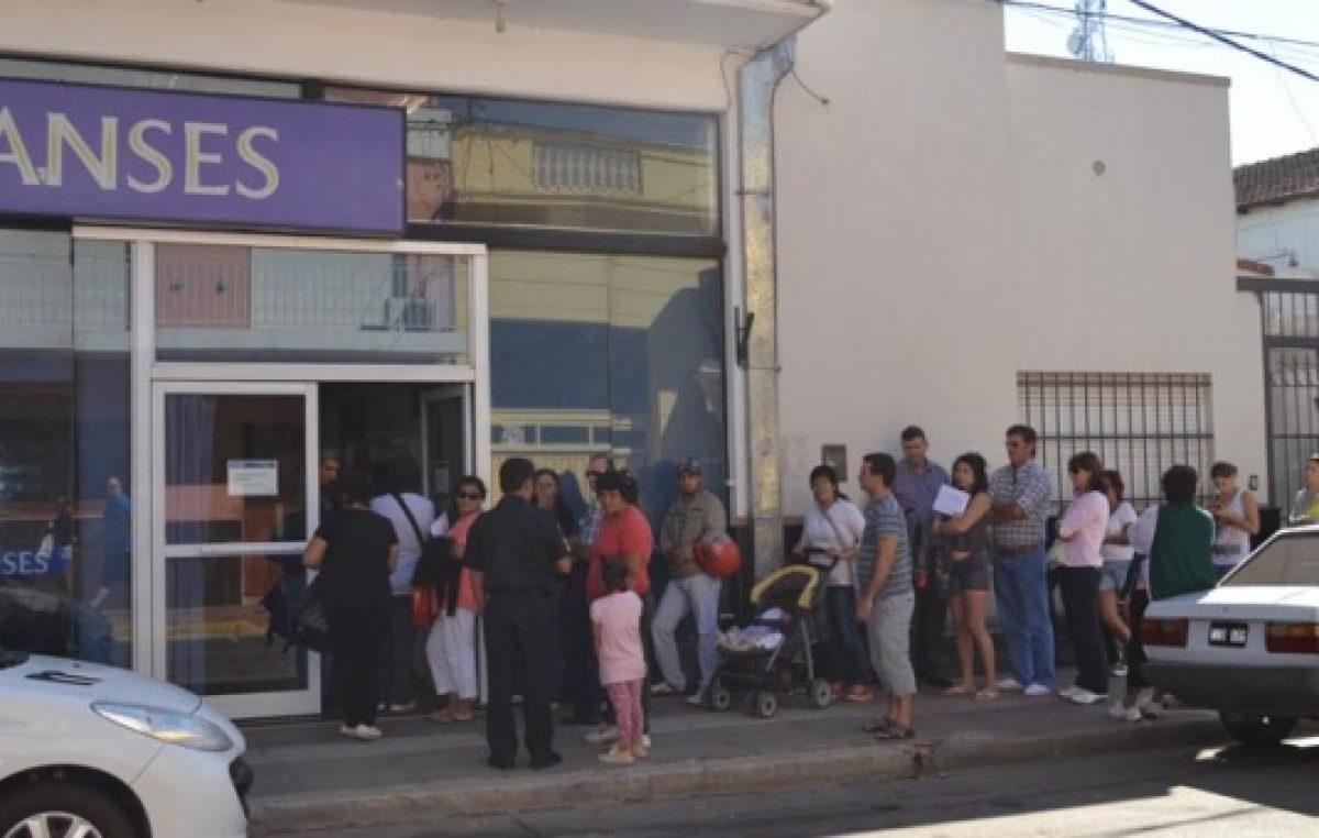 El ritmo de la crisis: ANSES tramita 12 veces más seguros de desempleo que en 2015