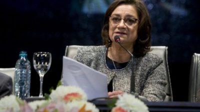 Gobernadores hablan de ahogos financieros