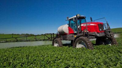 Unas 100 localidades santafesinas limitan el uso de agroquímicos