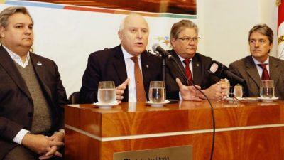 Santa Fe: Girarán fondos a municipios para arreglar caminos rurales