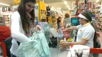 Los salarios santafesinos perdieron el 3,6% del poder de compra