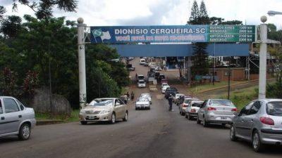 """Misiones: """"El 90 por ciento del comercio en Irigoyen fue afectado por el cruce a Brasil"""""""