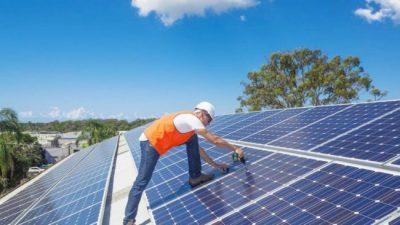Ya es posible tener paneles solares y vender energía en Neuquén