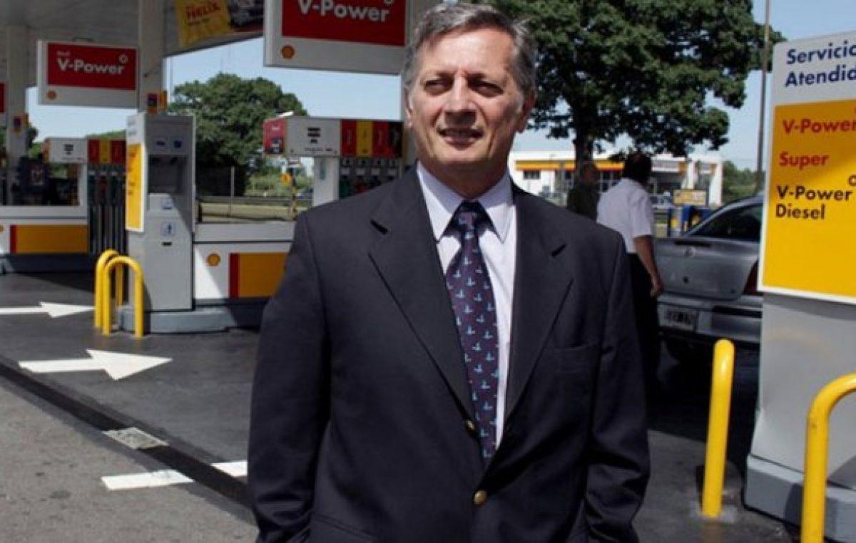 El ministro millonario e ideólogo del tarifazo que tiene en vilo a todo un país