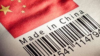 Empresarios en alerta por la decisión del Gobierno de habilitar compras on line en el exterior