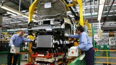 Suspenden a 4 mil empleados automotrices en Córdoba