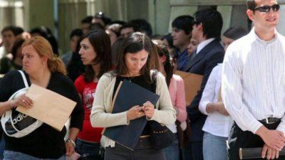 Hay 3.500 empleos menos en Mendoza, la mayoría de construcción y agro