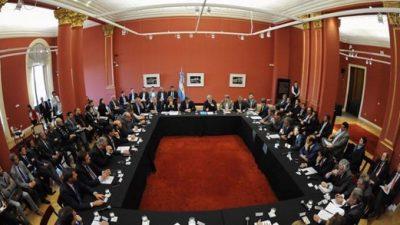 Cumbre de gobernadores: Hubo acuerdo con otras provincias pero Santa Fe no firmó
