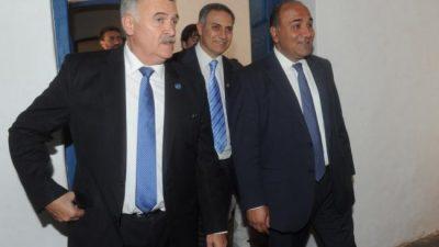 El Gobernador de Tucumánrevisará todas las deudas municipales