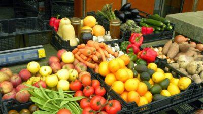 Los alimentos se subieron a la ola de importaciones en los últimos siete meses