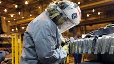 El segundo semestre arrancó con una ola de despidos y suspensiones en el sector privado