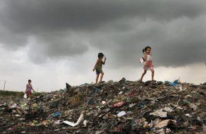 """Advierten que si el Gobierno """"continúa aplicando las mismas políticas"""" habrá más pobreza y desocupación"""