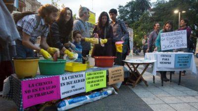 Científicos tucumanos reclamaron contra el recorte presupuestario