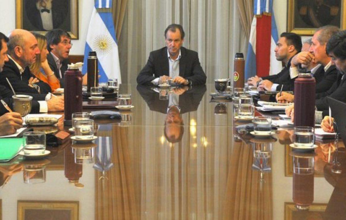 El gobernador de Entre Ríospidió más austeridad a sus funcionarios «para lograr equilibrio fiscal»