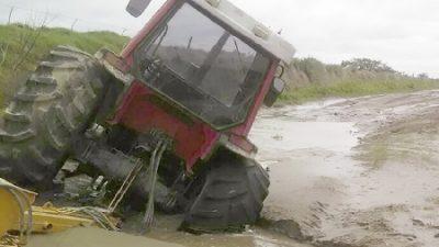 Córdoba: Dos lagunas desbordadas dejan campos aislados y dos pueblos bajo amenaza